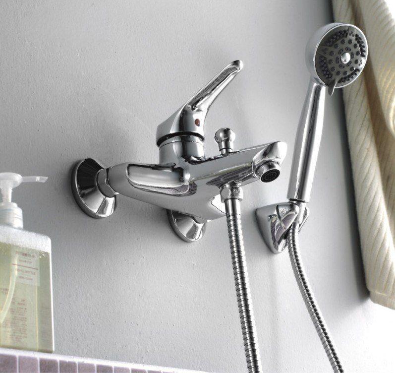 Grifos de ducha im genes y fotos for Llave de ducha pared