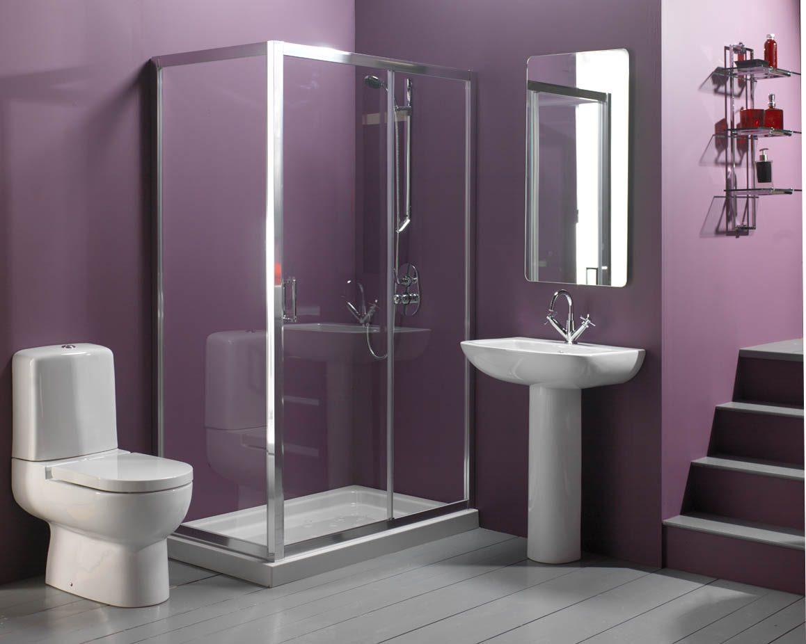 Cuarto de baño lleno de color :: Imágenes y fotos